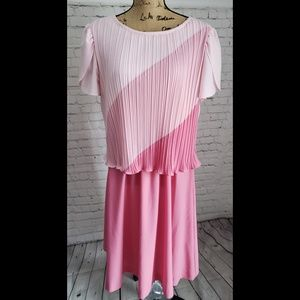 VINTAGE 70'S PINK RIBBED RUFFLED SLEEVE DRESS